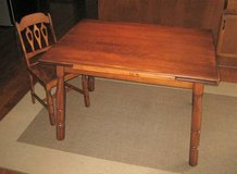Vintage Antique Solid Maple Wood Draw Leaf Table & 6 Chairs - UNIQUE in Aurora, Illinois