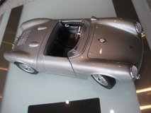 porsche 550 a spyder 1/18 scale maisto 31843 *new other; not in box in Naperville, Illinois
