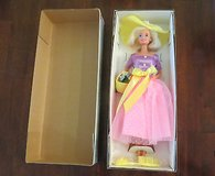 #4 Barbie Doll an Avon/Mattel Spring Blossom 1995 1st in Series Mint #15201 in Byron, Georgia