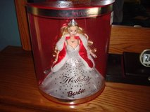 2001 NEW in Original Box Special Edition Holiday Celebration Barbie!! in Brookfield, Wisconsin