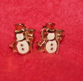 Lovely! Vintage AVON Gold Tone, Enamel Mr. Snowman Pierced Earrings, EUC!! in Naperville, Illinois