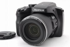 "FUJIFILM FINEPIX S8200 16MP 40X Zoom Digital Camera 3"" Screen *w/ CASE & STRAP!* in Elgin, Illinois"