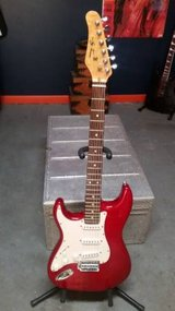 LEFTY Strat TRANS RED Electric Guitar Jay Turser T-300 in Lockport, Illinois