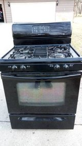 Stove For Sale-works great! in Algonquin, Illinois
