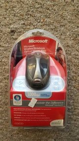 New Microsoft Wireless Optical Mouse 4000 in Elgin, Illinois