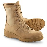 wellco 313 111 cold weather gore-tex pull-on loop tan boots 13.5r 13 1/2 regular  31299 in Fort Carson, Colorado