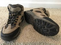Hiking Boots Men's size 7 in Travis AFB, California