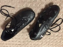 Adidas soccer cleats in great condition - size 2.5 in Naperville, Illinois