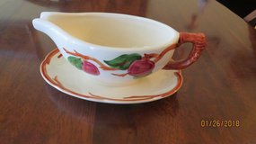 Franciscan Apple Gravy Boat with attached Plate Flying F Interpace Mark USA 1979 in Macon, Georgia