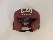 everlast sporting goods muhammad ali signature boxing head gear maroon 31350 in Fort Carson, Colorado