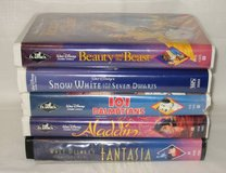 5 VHS DISNEY MOVIE LOT - Beauty & Beast, Snow White, Aladdin, Fantasia in Chicago, Illinois