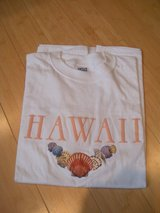 vintage sea shells embroidered honolulu hawaii t-shirt 100%  cotton, l adult in Aurora, Illinois