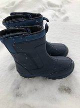 Land's End boys snow Winter boots size 6 in Lockport, Illinois