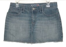 Old Navy Ultra Low Waist Cutoff Denim Jean Skirt Womens 8 in Plainfield, Illinois