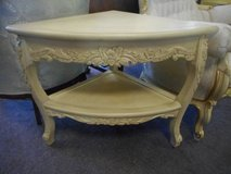 Lovely French Occasional Table in Naperville, Illinois