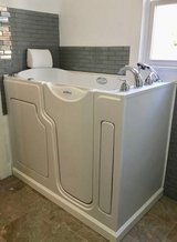 "SAFE STEP Walk-In Tub ""Excellent Condition"" in Quantico, Virginia"
