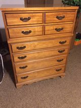 6 drawer dresser in Chicago, Illinois