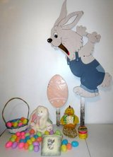 Easter Decor - Wood Yard Bunny Rabbit & Egg - Basket - Dish Cloths + in Orland Park, Illinois