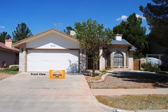 Beautiful Spacious Home in Great Area! in Fort Bliss, Texas