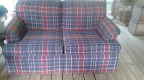 Bassett Furniture Loveseat Sofa Couch in The Woodlands, Texas