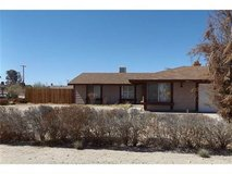 4694 Hooktree Rd  29 Palms Ca 92277 in Yucca Valley, California