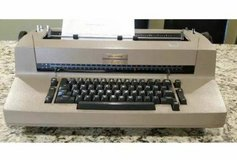 IBM Selectric II Correcting Typewriter Tan/Beige Color in Naperville, Illinois