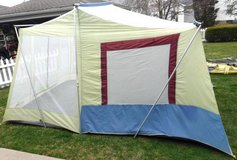 14ft x 10' TimberTop Screen Cabin Camping Tent in Orland Park, Illinois
