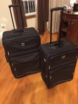 2 piece large rolling luggage set in Joliet, Illinois