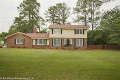 For Sale-- 1809 Ross St in Byron, Georgia