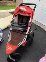 Bob Revolution Stroller with infant adaptor in Naperville, Illinois