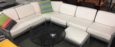 Outdoor 7 Piece Aluminum Sectional Sofa with Ottoman in Elgin, Illinois