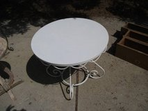 ALL METAL WHITE OUTDOOR / INDOOR TABLE in Bolingbrook, Illinois