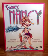 Fancy Nancy Hard Cover Book w Dust Jacket Girls Age 4 - 8 in Oswego, Illinois