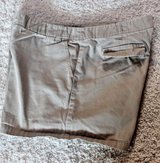 Classic J.Crew Chino's Khaki City Shorts, Flat Front, Cotton, Size 10 in Bolingbrook, Illinois