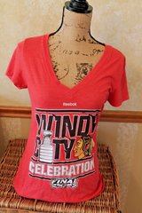 Reebok Chicago Blackhawks Windy City Stanley Cup Celebration V-Neck Tee, 2015, Large in Joliet, Illinois