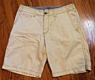 LEE Dungarees Vintage Chino Cotton Shorts, Beige/Yellow, Sz 34 in Bolingbrook, Illinois