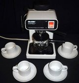 Maxim Express Espresso / Cappuccino Coffee Maker + 4 Demitasse cups in Chicago, Illinois