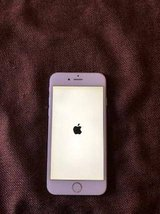 silver iphone 6 64gb unlocked in Glendale Heights, Illinois