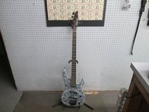 Samick 4 String electric Bass Guitar in Cherry Point, North Carolina
