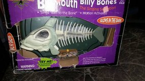 !! An Hilarious Gift !! **New in Box** Big Mouth Billy Bones in Travis AFB, California