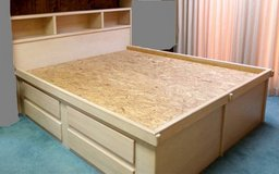 Amish White Oak King Bed in Eglin AFB, Florida