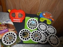 2 Vintage View Masters w/ 10 Reels! Discovery Channel 'DINOSAURS' Note: One is a Lighted 3-D Vie... in Spring, Texas