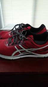 Mens 9.5 asics shoes in Fort Lewis, Washington