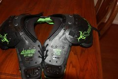 "All-Star SPT 1500 M Catalyst Football Shoulder Pads Size Small 30""-32"" in Houston, Texas"