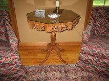 Antique 1920's - 1930's Wood Accent Table - Walnut or Mahogany Hexagon in Chicago, Illinois