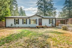 Beautiful Remodeled Rambler!!! in Fort Lewis, Washington
