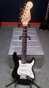 Black Electric Guitar Squier (Fender) Mini Strat ¾ Travel Guitar in Lockport, Illinois