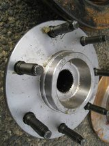 NEW F-150 F-250LD Front Hub Assembly in Fort Lewis, Washington