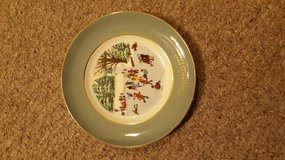 Christmas 1975 Avon Wedgwood Plate in Chicago, Illinois