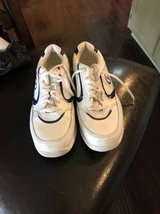 Women's Dexter Bowling Shoes Size 5.5 in Lake Elsinore, California